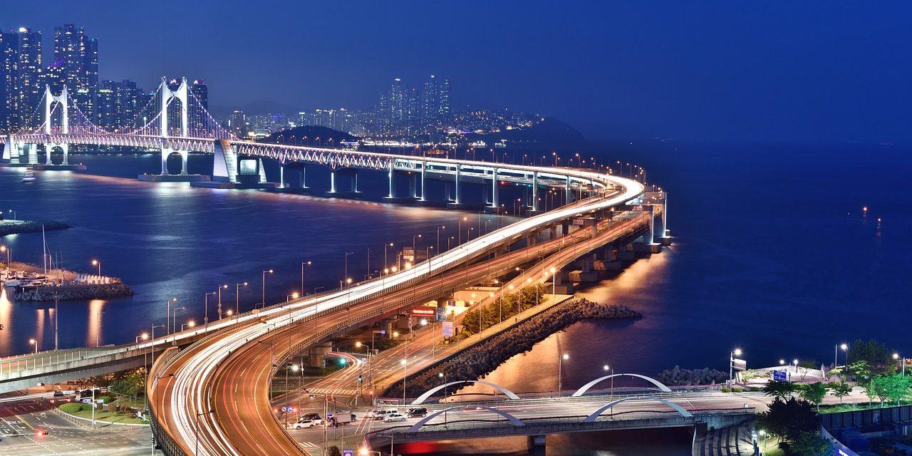 busan-night-scene-1747130_1280